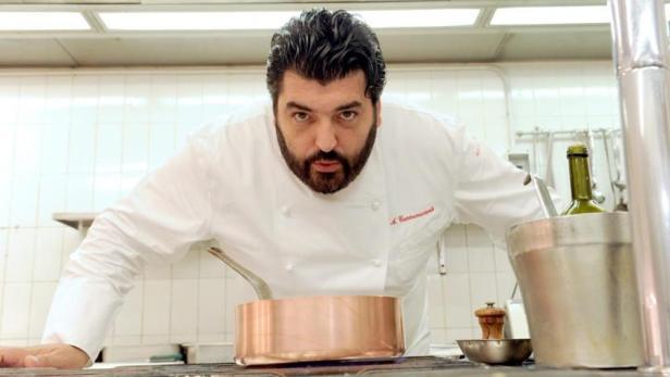 Blitz chef-antonino-cannavacciuolo-1_manuale_254-1-k8pG-U11011592476777evH-1024x576@LaStampa.it
