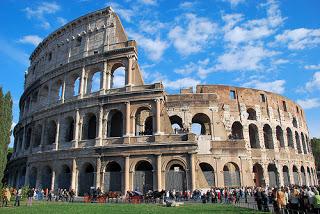 L'Italia Roma colosseo
