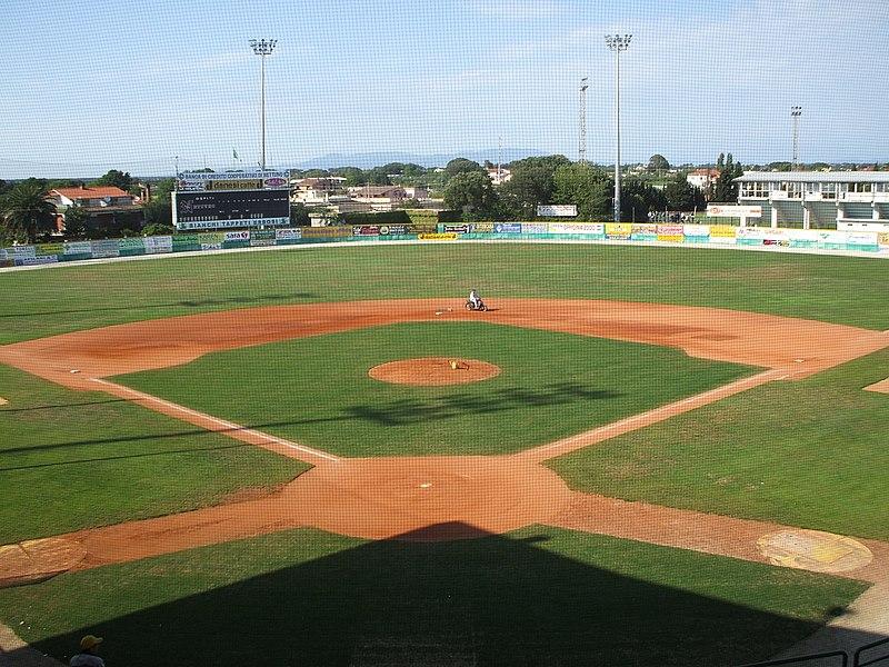 800px-Stadio-Steno-Borghese-Nettuno-Baseball