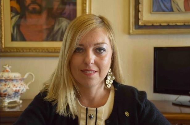 Cinzia Lumiera