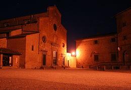 260px-Duomo_san_miniato_by_night