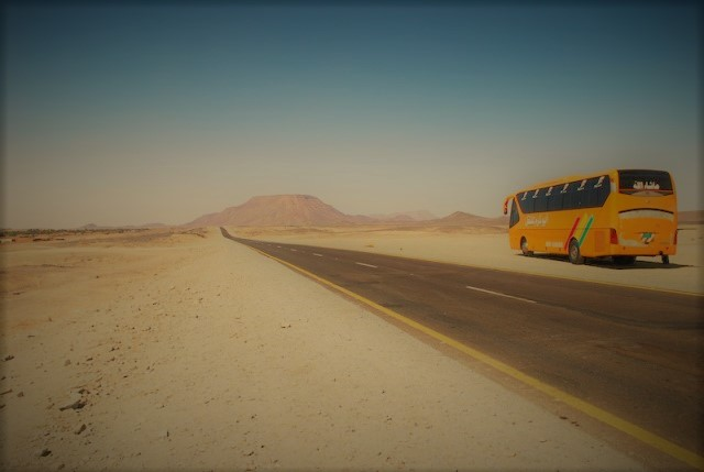 blu ultramarino bus