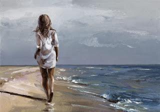 donna-che-cammina-sulla-spiaggia