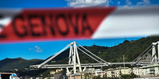 TOPSHOT-ITALY-ACCIDENT-BRIDGE-COLLAPSE