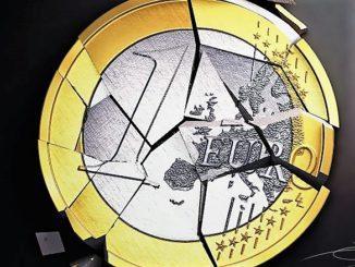 euro-crash-4-3-326x245