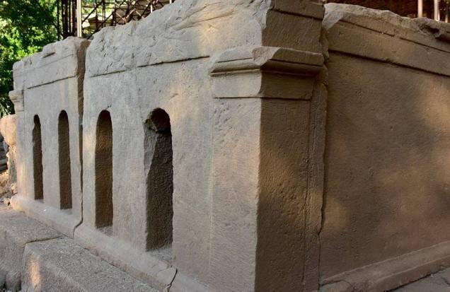 Le pietre raccontano: l'antica città di Abakainon, di DonatellaPezzino