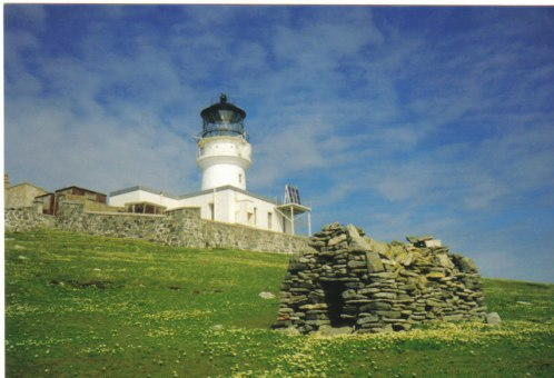 St._Flannan's_Cell_and_Flannan_Isles_Lighthouse_-_geograph.org.uk_-_623920.jpg