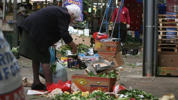 Un atto di grande giustizia sociale Poveri