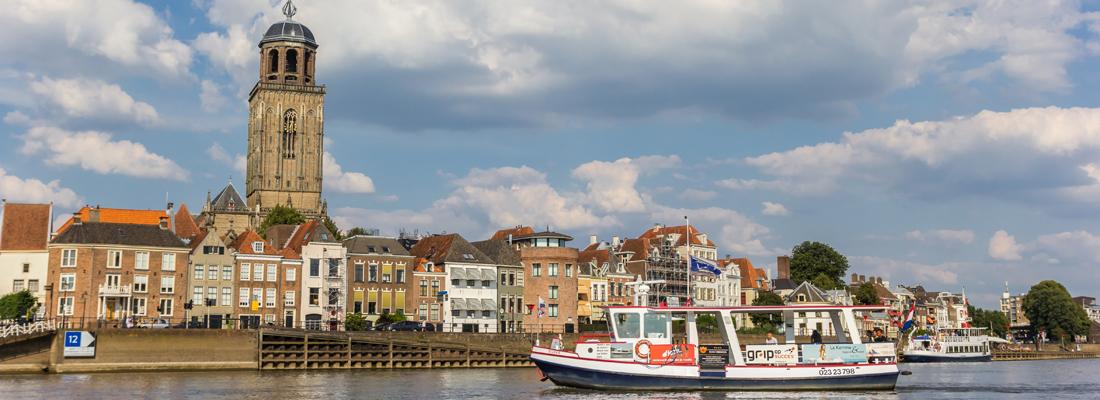 Deventer: la città dei libri nel cuore dell'Olanda