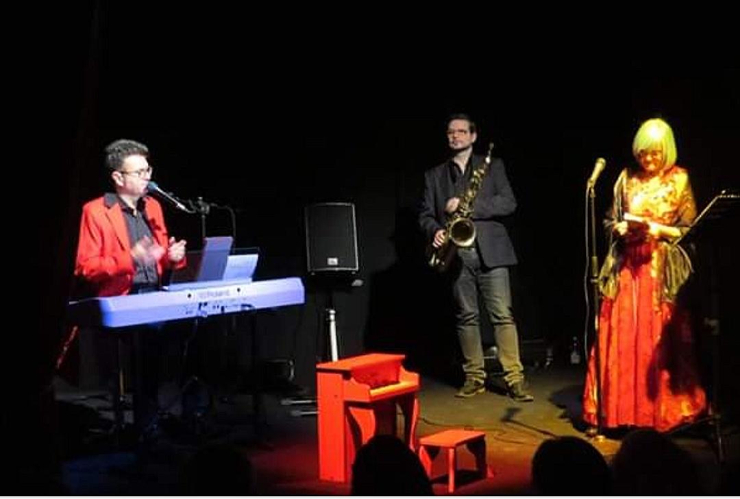 """SPETTACOLO: """"POEMUS MUSIPÒ"""" ha incantato il pubblico presso Alta Luce Teatro aMilano."""