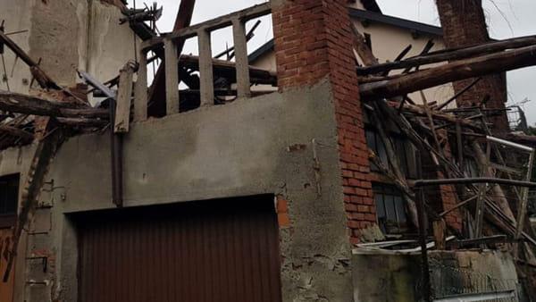 crollo crolla casa-2.jpg