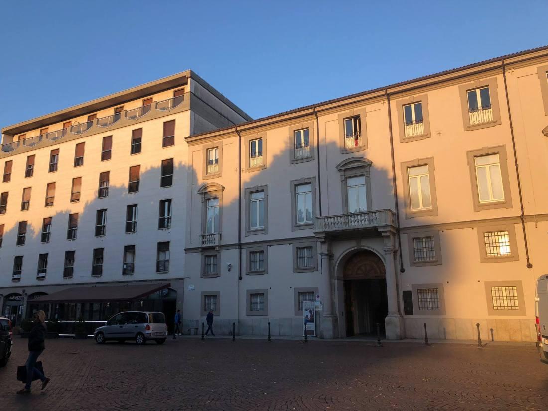 Il palazzo copia