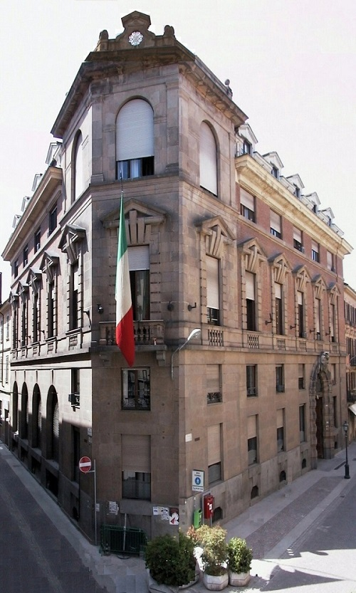 Palazzo MonferratoA 500Or.jpg