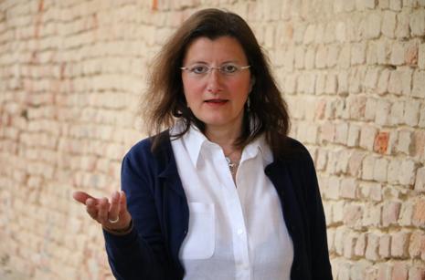 Paola Ferrari.png