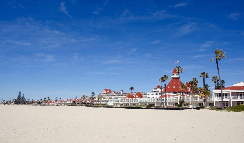 bigs-Hotel-Del-Coronado-wide-angle-shot-from-south-Tropical-beach-resort-CA-Large-1000x588.jpg