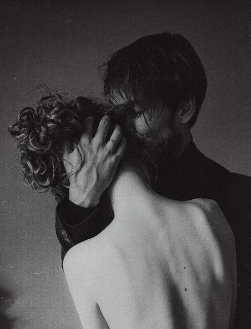 coppia bacio bis