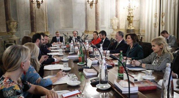 4673437_0815_senato_sfiducia.jpg