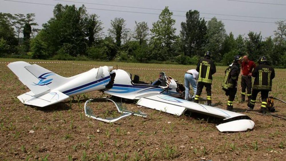aereo ultraleggero caduto-2.jpg