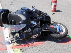 incidente-scooter-moto-300x225.jpg