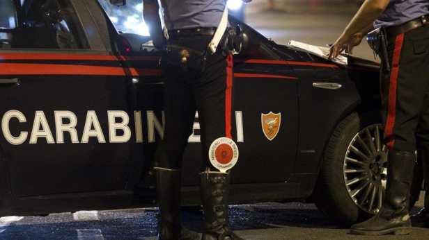 PIAZZA DANTE - I Carabinieri intervenuti-2.jpeg