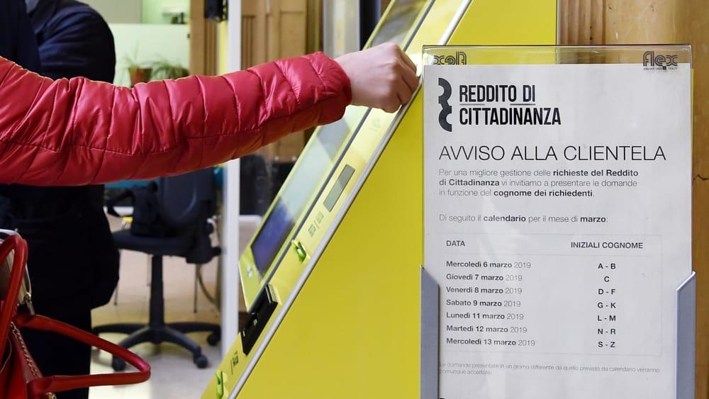 reddito di cittadinanza ansa archivio-2