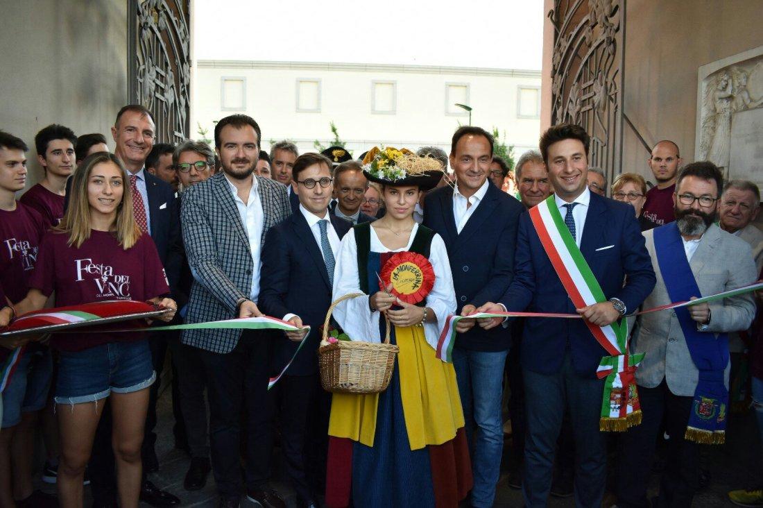 inaugurazione festa vino 2019-307203436..jpg