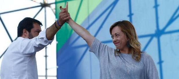 Salvini e Meloni.png