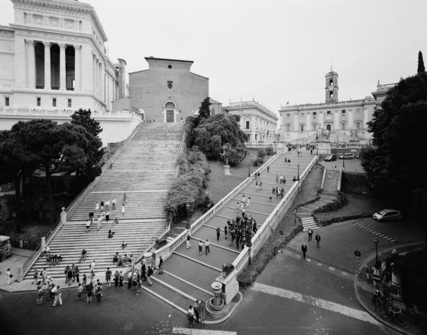 6-Roma-Piranesi-serie-Italia.-Capolavori-dei-Rinascimento-Gabriele-Basilico-2012-