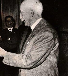 Benito-Michelon-premiato-dal-sindaco-di-Alessandria-Nicola-Basile1 copia