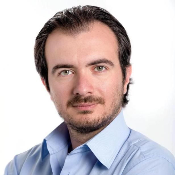 Riccardo-Molinari